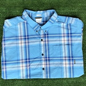 Men's Columbia casual short sleeve shirt